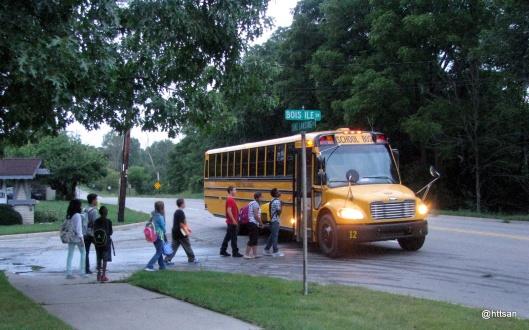 Hari Pertama berangkat sekolah...!